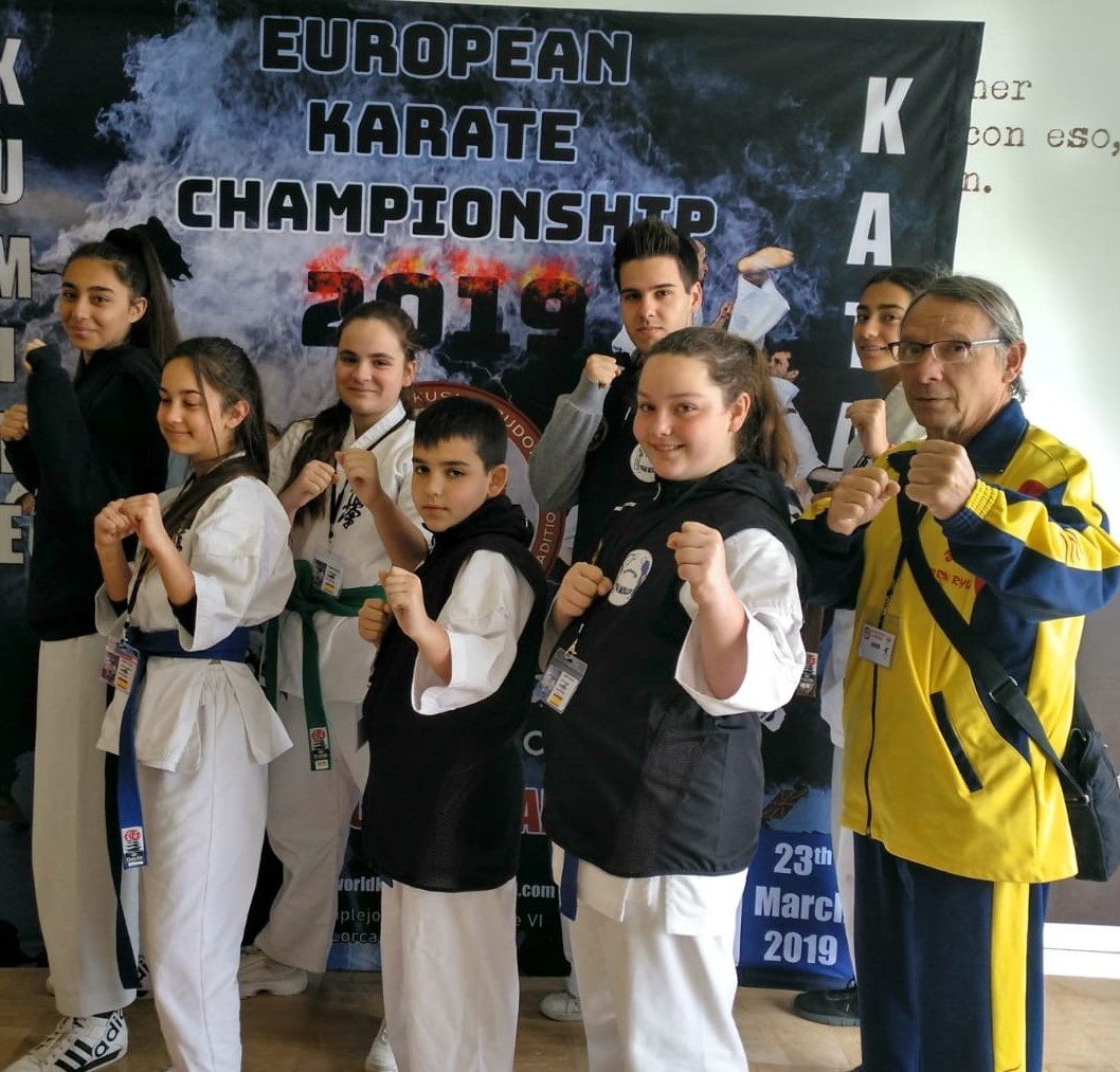 Grupo Club Karate Mollet Team